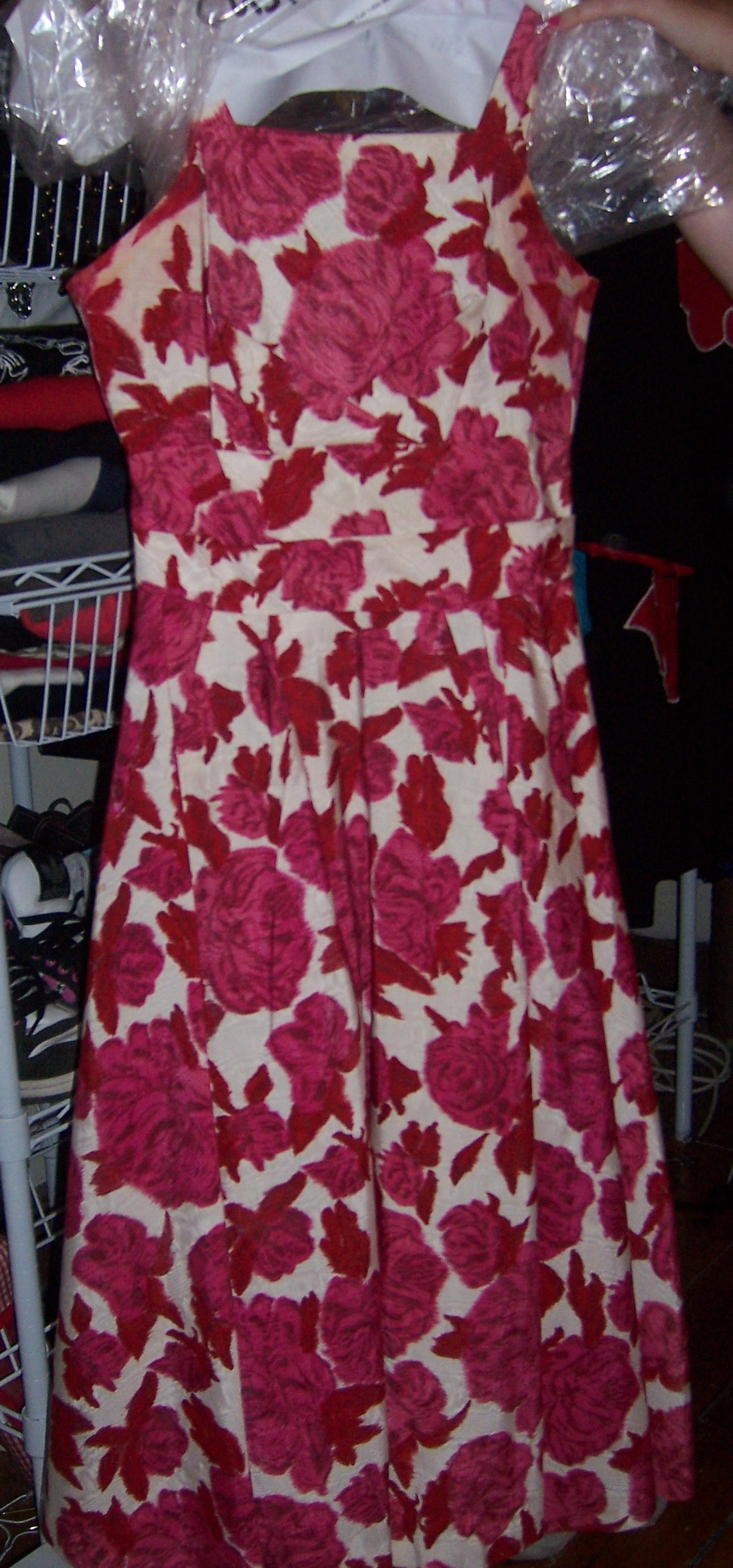 Vintage dress for a 28FF