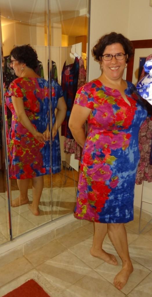big bust vintage dress find