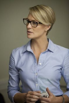 Robin Wright House of Cards button front shirt