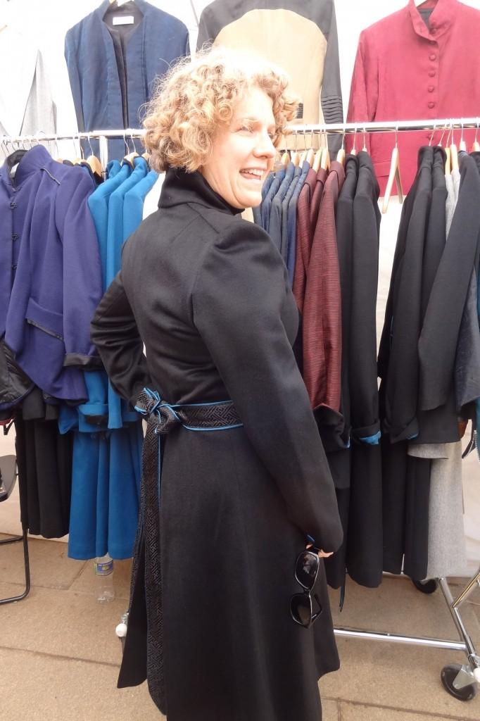 34G azurean size 10 coat back