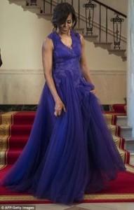 Michelle-Obama-Tadashi-shoji