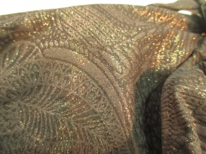 Look how sparkly! So pretty. I'm just imagining the sun glistening off this amazing fabric.