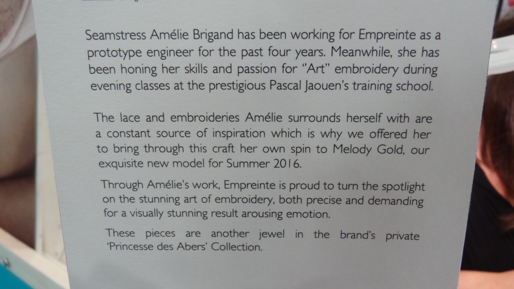 empreinte beadwork description