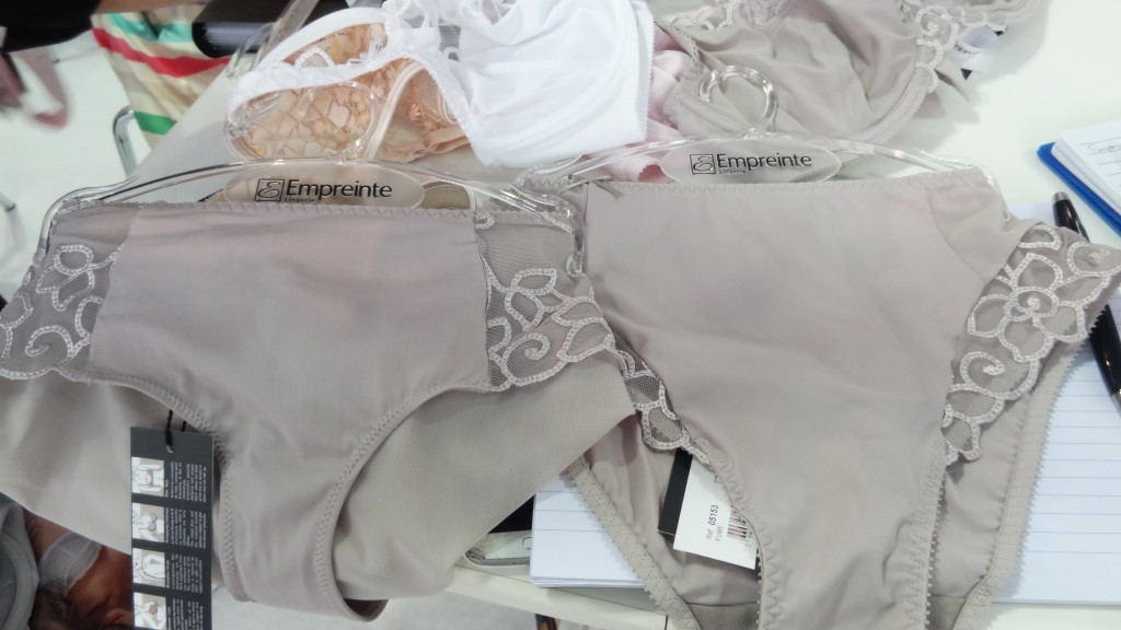 empreinte elsa bottoms