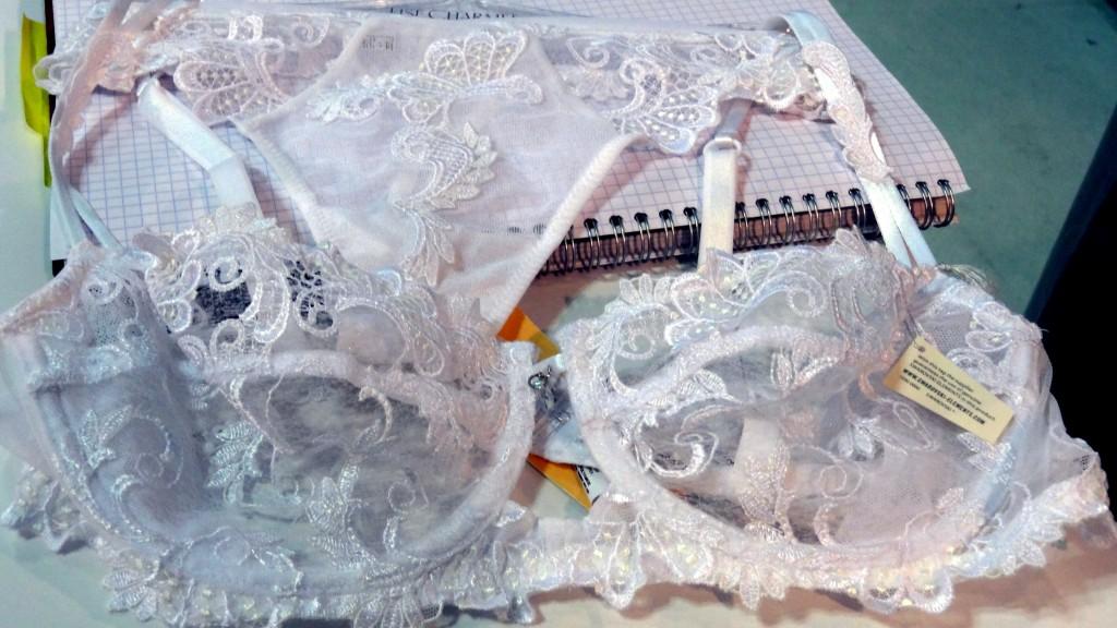 lise charmel dressing floral white