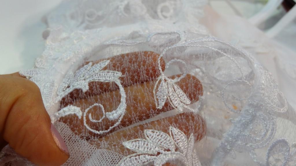 lise charmel dressing floral white closeup
