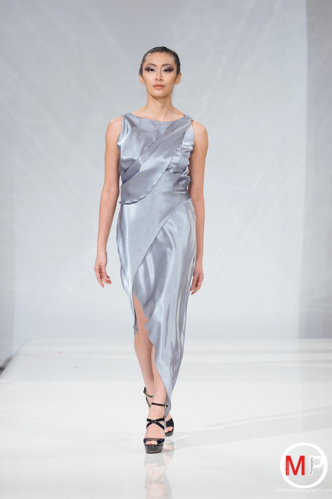 bust friendly zhiming dress on runway 4-9-2016 2-18-34 PM