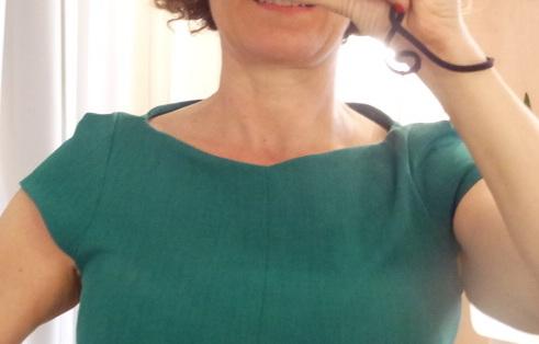 nisa neckline