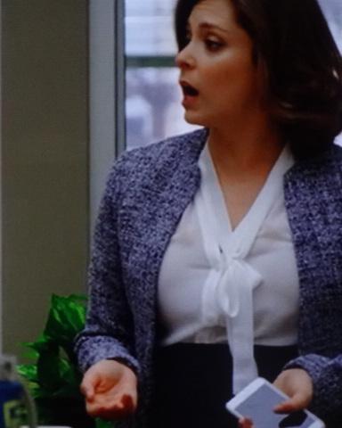 3 rachel bloom big bust gap blouse