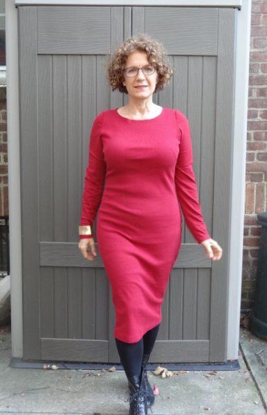 big-bust-red-dress-black-booties-long-sleeves