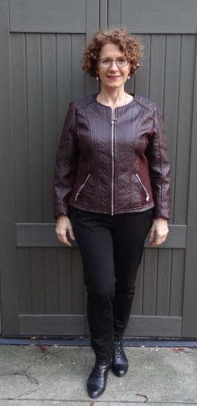 bust-friendly-jacket-cable-front