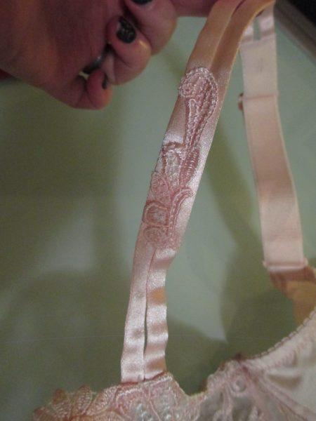 The strap decoration.