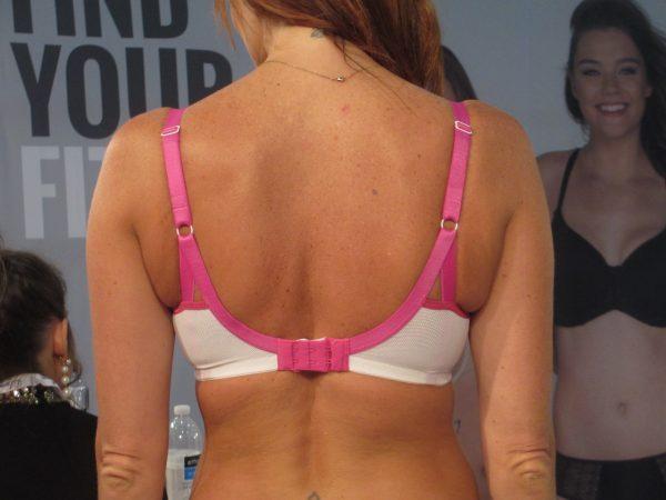 Love the split straps on the back of Dakota.